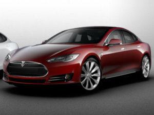 Tesla награждает Continental за создание шин для электромобиля Tesla Model S