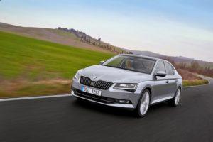 Нова Škoda Superb 3 покоління сходитиме з конвеєра на шинах Continental