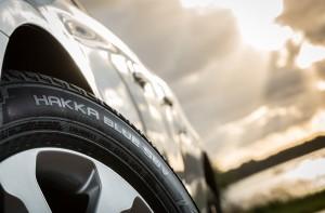 Nokian_Hakka_Blue_SUV_006