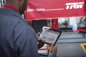 TRW говорит о том, что обмен технической информацией способствует улучшению бизнеса во всех отношениях