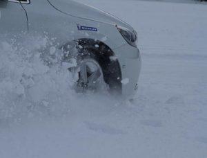 Тесты подтвердили долговечность зимних шин Michelin