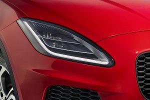 Дебют инновационной технологии Osram SMARTRIX в кроссовере Jaguar E-Pace