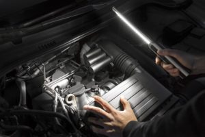 Osram представляет ультратонкий фонарь высокой яркости для автомехаников