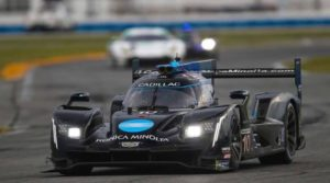 Электронный усилитель руля KYB S-EPS обеспечил победу в гонках Rolex 24
