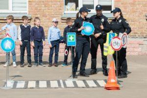 Первые оценки акции: «Безопасность детей на дорогах»
