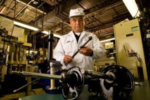 KYB – мировой лидер в развитии подвески