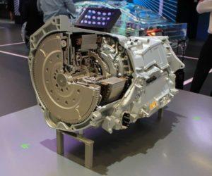 Концепт ZF EVplus представил новаторский «гибрид»