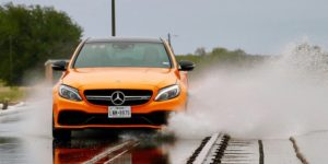 Тестування кращих літніх шин для спортивного водіння від Auto Bild