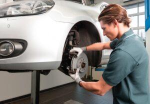 Bosch: коли міняти гальмівні колодки та диски?