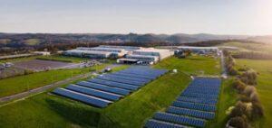 Bosch інвестує у виробництво АКБ для електромобілів