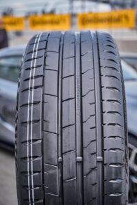 Нова шина для спортивних автомобілів концерну Continental виходить на ринок з 42-ма типорозмірами від 19-ти до 23-х дюймів